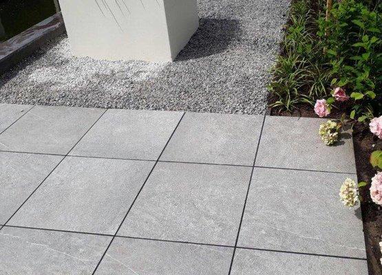 Keramische Tegels Oprit.Keramischet Tegels 4cm Op Beton Assortiment Van Den Broek